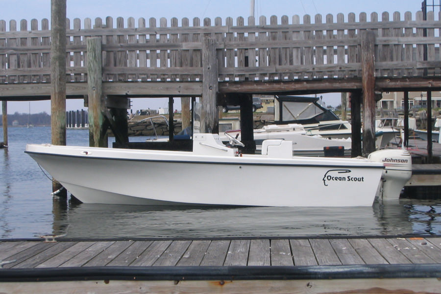 Ocean Scout 20' Center Console - Side View